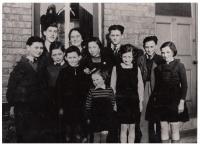 Anglie, děti s paní Daschovou