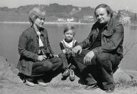 S manželkou a synem, Plumlov 1981, těsně před emigrací