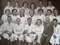 Spolupracovníci v Chomutově, Slávka Altmanová v zadní řadě druhá zleva