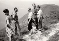 1982; Roháče, dovolená se Šimečky a dcerami