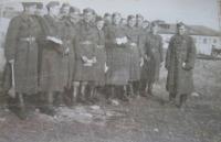 Vojáci 1. čs. armádního sboru v SSSR na výcviku v pilotní škole v Gruzinském městě Telavi