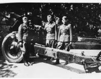 1st detachment, 1st Czechoslovak Independent Brigade (standing first from the left, gun commander Vasil Derďuk)