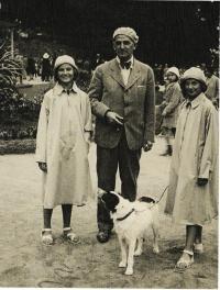 S otcem Rudolfem Jílovským