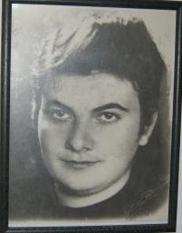 Sestra pamětnice Pavla, která byla v roce 1942 zastřelena nacisty v Peremilovce-foto Ledochovka 1939 (jediná fotografie sestry, která se zachovala