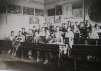 Grammar school class - probably 1938, Olomouc