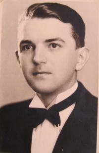 Zbyněk Bezděk-maturitní fotografie-1938