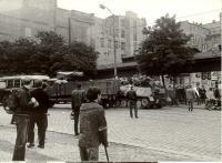 1968, srpen, prorážení barikády u Rozhlasu