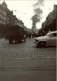 1968, srpen, Václavské náměstí, pohled od Můstku