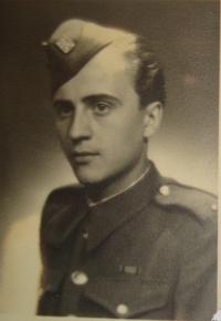 Zdeněk Damašek, 1945