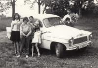 S rodinou na výletě, 1965 (L. Goral vpravo)