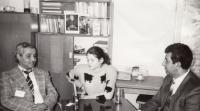 Na Úřadu vlády, 1992 (L. Goral vpravo)