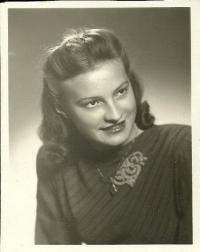 Marie Šalamunová at the age 17