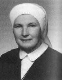 Anna Šťastná, sestra Dobromila