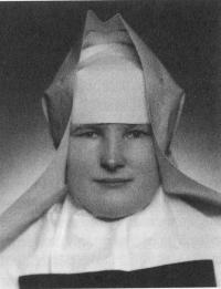 Anna Šťastná, sestra Dobromila v roce 1951
