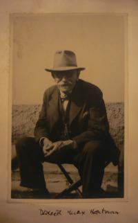Dědeček Max Hartman