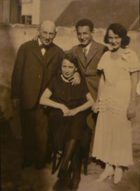 S rodiči a bratrem