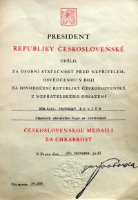 Dekret o udělení medaile za chrabrost od presidenta republika