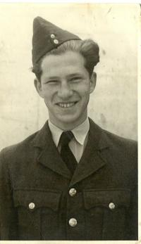 V Royal Air Force, 1944