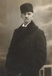 Dědeček z otcovy strany Josef Knapp