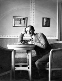 Otec Hany Bořkovcové Viktor Knapp