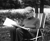 Teprve ve své desáté knize se Hana vrací ke vzpomínkám na Terezín a Kurzbach