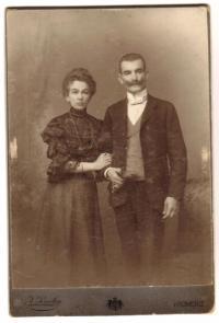 Rodiče 1906
