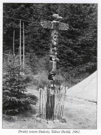 Druhý totem Dakoty, Tábor Dešťů, 1961.