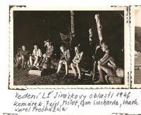 Oblastní lesní škola Jiráskovy oblasti - srpen 1946 - vedení lesní školy Jiráskovy oblasti 1946 (Komárek, Feigr, Milot, Egon Sucharda, Shark, Karel Procházka