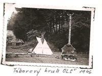 Oblastní lesní škola Jiráskovy oblasti - srpen 1946 - táborový kruh