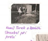 Klub ochránců polických stěn - Kamil Turek a Zdeněk Streubel při práci
