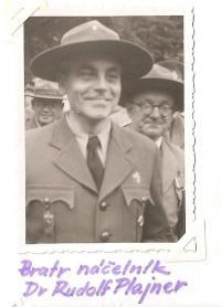 Sraz Jiráskovy východočeské oblasti - Josefov 1946 - bratr náčelník Dr. Rudolf Plajner