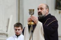 Tomáš Halík při mši v kostele sv. Salvátora