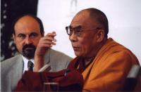 Tomáš Halík s Dalajlámou v Praze v roce 2002