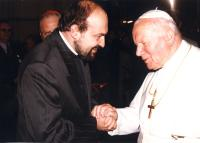 Tomáš Halík s papežem Janem Pavlem II. v roce 1997