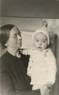 With grandmother Tůmová on January 10, 1943