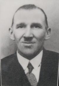 Joseph Calábek - father of her future husband - also killed in the Zákřov massacre