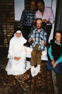 Julek s přáteli, prosinec 1994