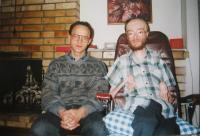Kněz Milan Mičo s Juliem Vargou v květnu 1995, Šumperk