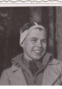 Navrátil Jiří - 1941 na táboře Hochů od Bobří řeky
