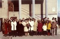 Rodinné foto (Emilie Machálková osmá zprava)