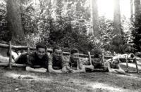 Pavel Fried s přáteli ze skautu