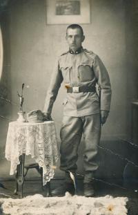 3-otec Blanky Císařovské  Josef Charvát před rokem 1914
