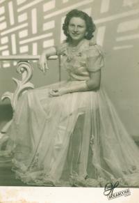 x21 - Pamětnice v tanečních (1946)