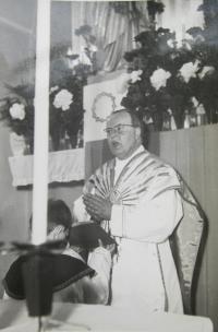 P. František Adamec v sedmdesátých letech