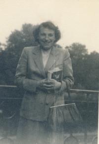 První fotografie po propuštění, 1960