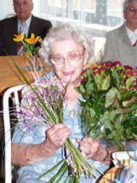 Lusia Matlová na oslavě svých 96. narozenin v Domově pro seniory