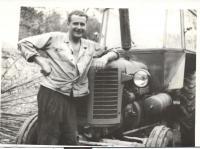 Antonín Svoboda traktorista někdy v 70 letech