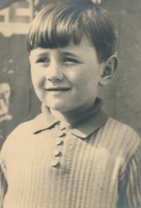František Suchý 1935 7 let