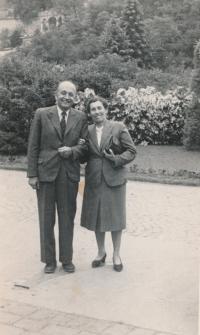 rodiče Františka Suchého 1955 po jeho návratu z vězení