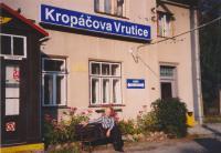 František Suchý 2004 na nádraží Kropáčova Vrutice